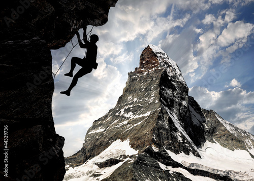 Fotomural climbers in the Swiss Alps