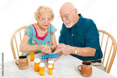 Fotografie, Obraz  Senior Couple Sorts Medications