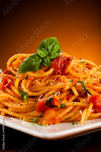Fototapety, obrazy: Pasta with tomato sauce and parmesan
