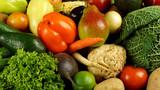 Fototapeta Fototapety do kuchni - Warzywa z owocami