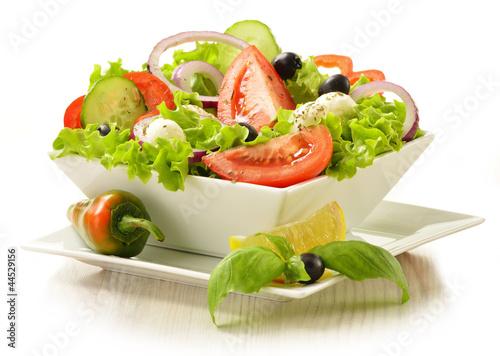 Fotografie, Obraz  Vegetable salad bowl isolated on white