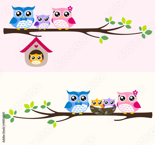Deurstickers Uilen cartoon happy owl family