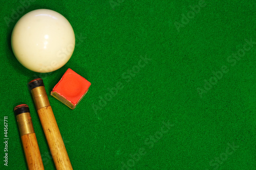 Fotografie, Tablou  billiards table cues and cue ball