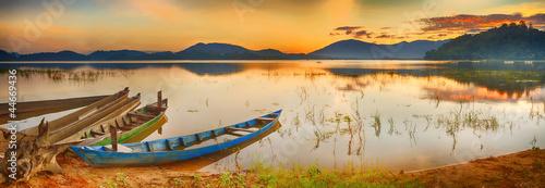 Lak Lake - 44669436