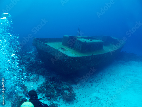 Photo Stands Shipwreck wrack