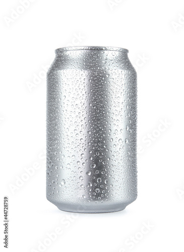 Cuadros en Lienzo Wet aluminum soda can isolated on white background