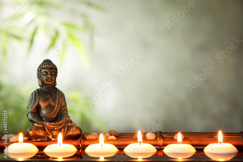 Tuinposter Boeddha Buddha and candles