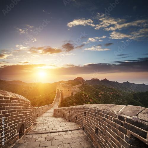 wielki-mur-o-wschodzie-slonca