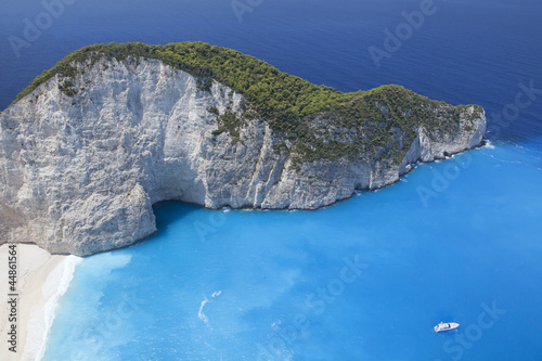 Valokuva  Blue beach lagoon, island paradise. Ionic Sea of Greece Zakyntho