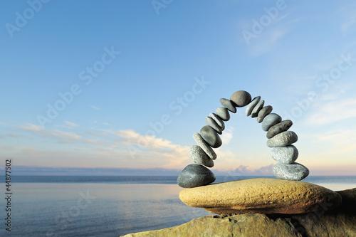 Balancing at sea Fototapete