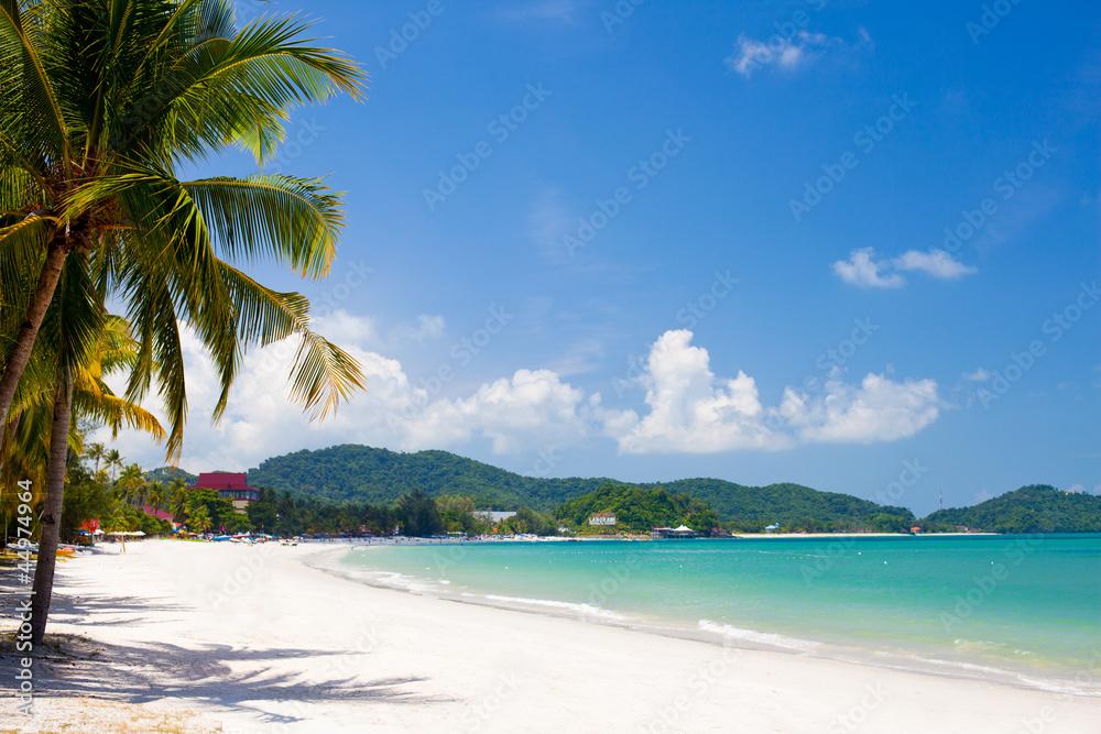 Fototapeta vacation on a seashore of perfect tropical island