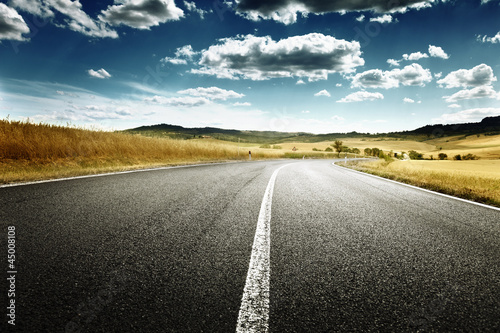 Spoed Foto op Canvas Grijze traf. asphalt road in Tuscany, Italy