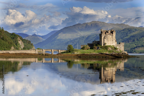 Elian Castle Fotobehang