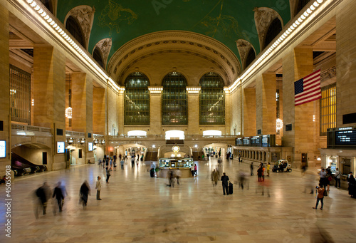 Photo  NEW YORK CITY - JUNE 26: Main hall of Grand Central Station June