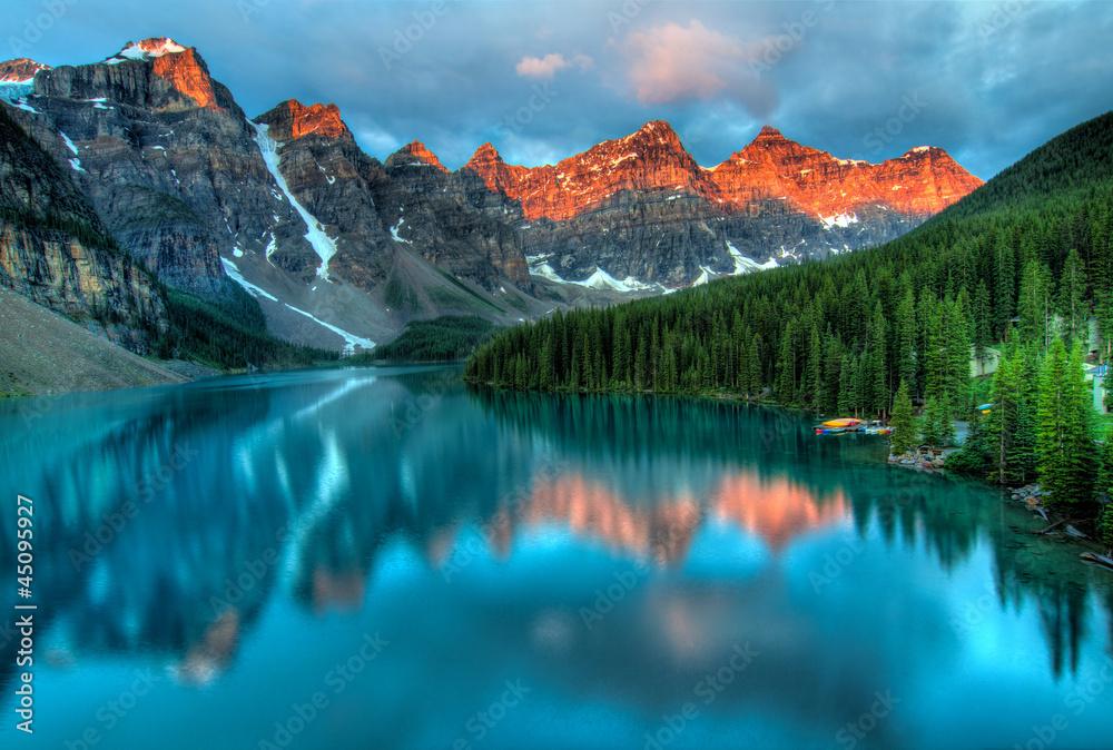 Fototapeta Moraine Lake Sunrise Colorful Landscape