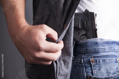 Fotografia  Revealing Firearm