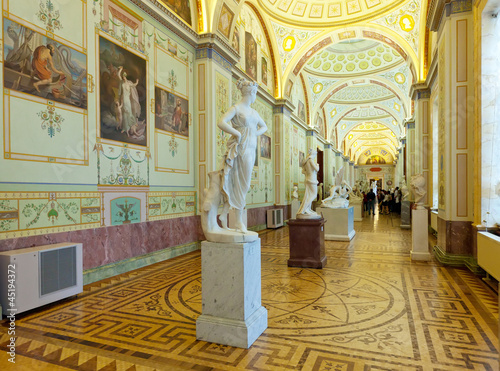 Valokuva  Marble sculptures in State Hermitage