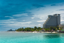 Hua- Hin Beach.and  Hotel
