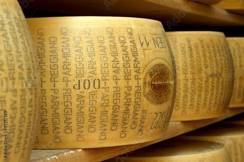 Fotografie, Obraz  hard cheese closeup
