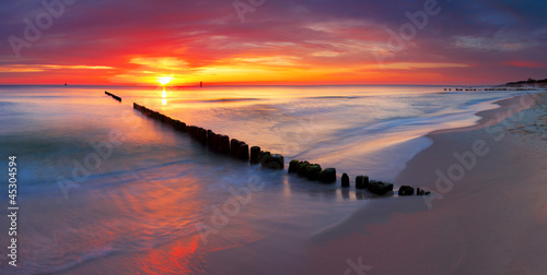 Foto-Leinwand - Baltic sea at beautiful sunrise in Poland beach.