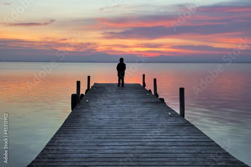 Fototapeten Pier Pensando en soledad
