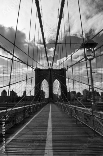 Spoed Foto op Canvas Bestsellers Pont de Brooklyn noir et blanc - New-York