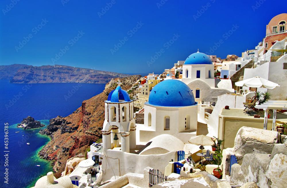 Fototapeta amazing white-blue Santorini