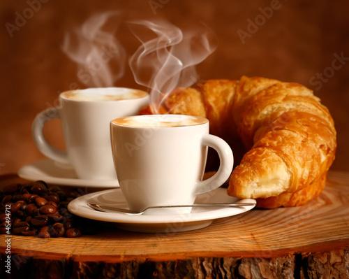 Tuinposter Cafe Cappuccino caldo e Brioche
