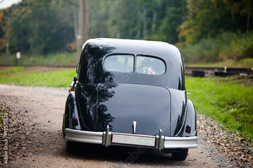 Tuinposter Oude auto s Black vintage car