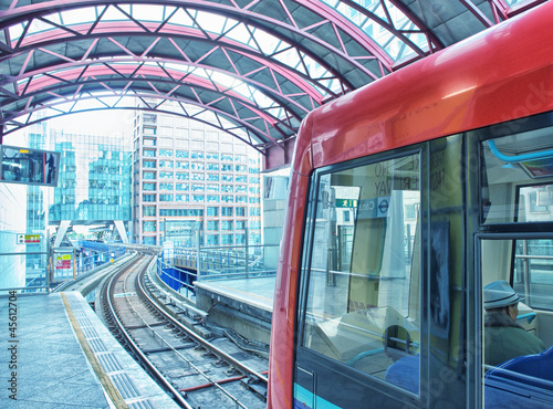 Foto op Canvas Brussel A subway train departing from a London underground train station