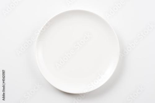Fotografía  白色の皿のクローズアップ