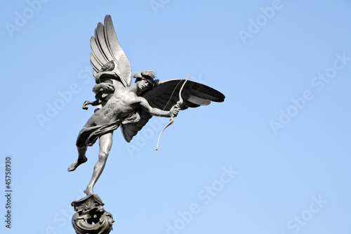Photo  Eros statue Piccadilly London