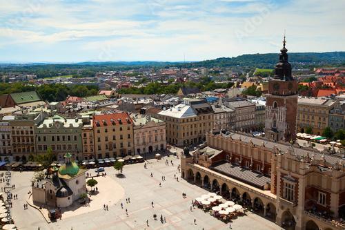 widok-stary-miasteczko-kracow-stary-sukiennice-polska