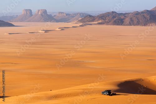Wall Murals Algeria Car in the Sahara desert