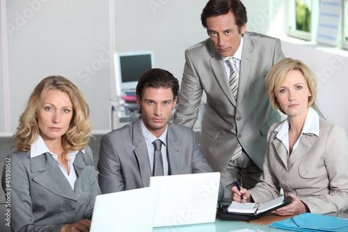 Team of executives Canvas-taulu