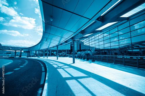 Foto op Aluminium Luchthaven modern airport terminal in shanghai