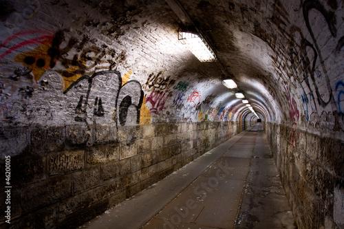 opuszczony tunel