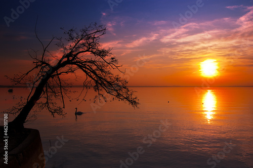 Fotografia Sunset at the Lake - Garda Lake - Italy