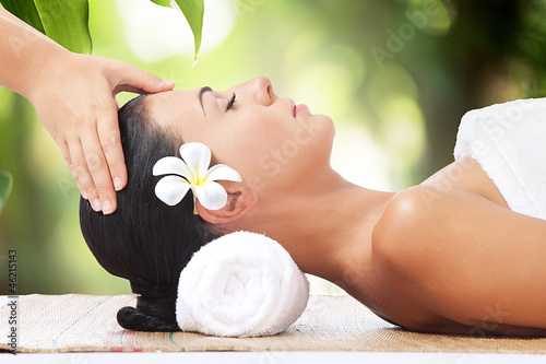 Akustikstoff - portrait of young beautiful woman in spa environment.