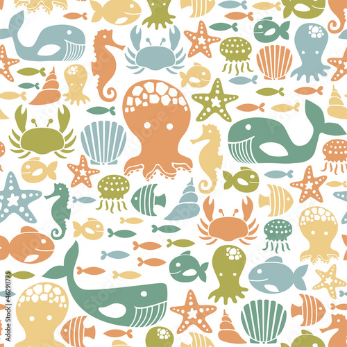 seamless pattern with colorful sea creatures