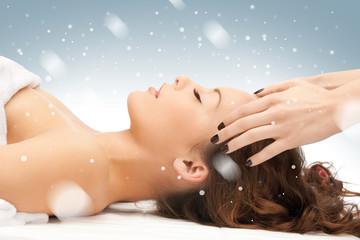Panel Szklanybeautiful woman in massage salon