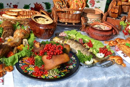 Fotografía  Ukrainian kitchen table eating treats