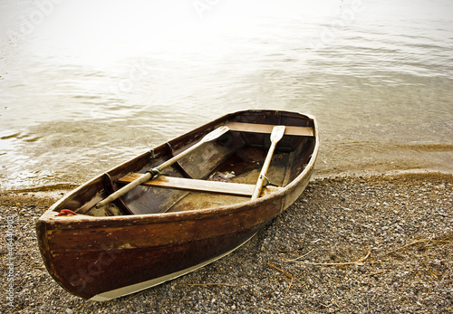 Canvastavla old rowboat