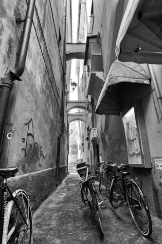 Bicycle in small alley