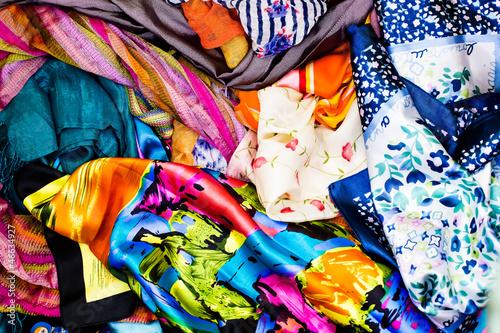 Foto op Plexiglas Paradijsvogel Colorful fabric
