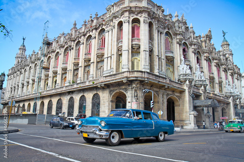 Poster Cubaanse oldtimers Classic Cadillac in Havana, Cuba.