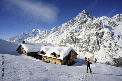Fényképezés  Ciaspole al Rifugio Bonatti Mont Blanc