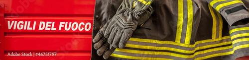 Fotografia  Italian firefighter's jacket on a fire truck