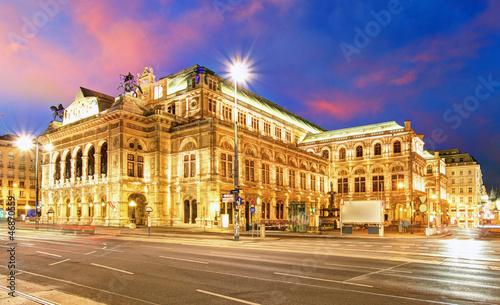 obraz PCV Vienna State Opera House w nocy, Austria, Teatr