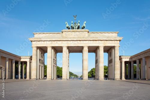 Spoed Fotobehang Berlijn Brandenburg gate, blue sky, Berlin, Germany